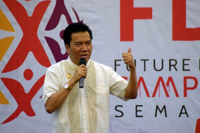 Rektor UNDIP Buka Acara Puncak Future Leader Camp (FLC) 2019