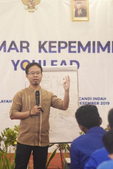 Direktur Dompet Dhuafa Pendidikan Pecut Jiwa Kepemimpinan 100 Pemuda